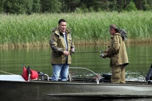 Игорь Руденя играл в «рюхи» и ловил рыбу